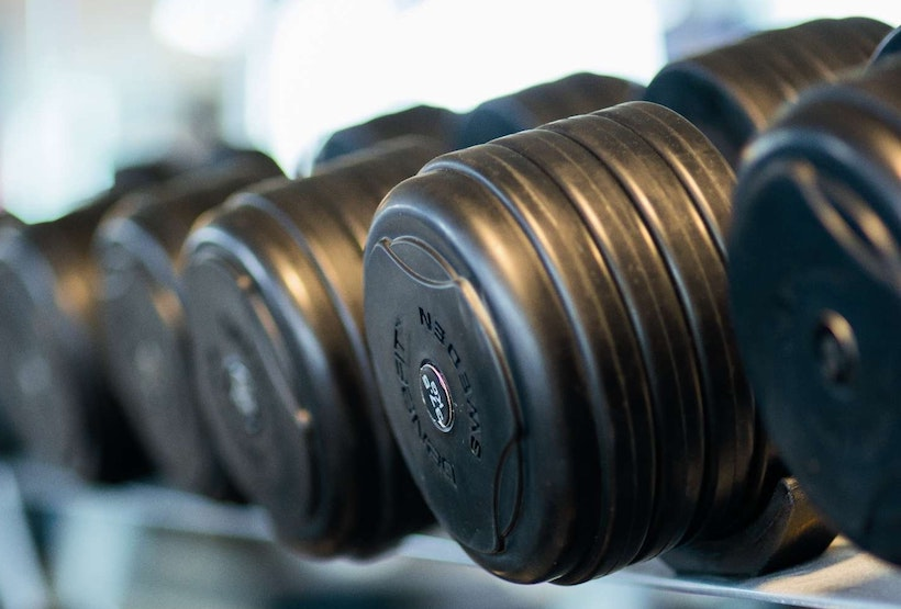 Rubber weights in a weight rack
