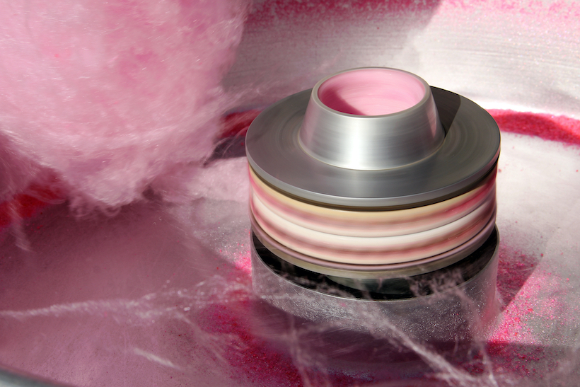 Centrifuge spinning in a cotton candy machine