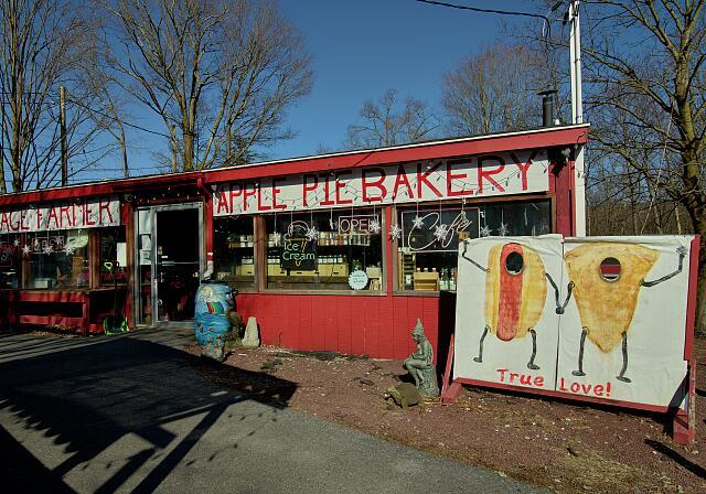 The Village Farmer Apple Pie Basket market in Delaware Water Gap, Pennsylvania